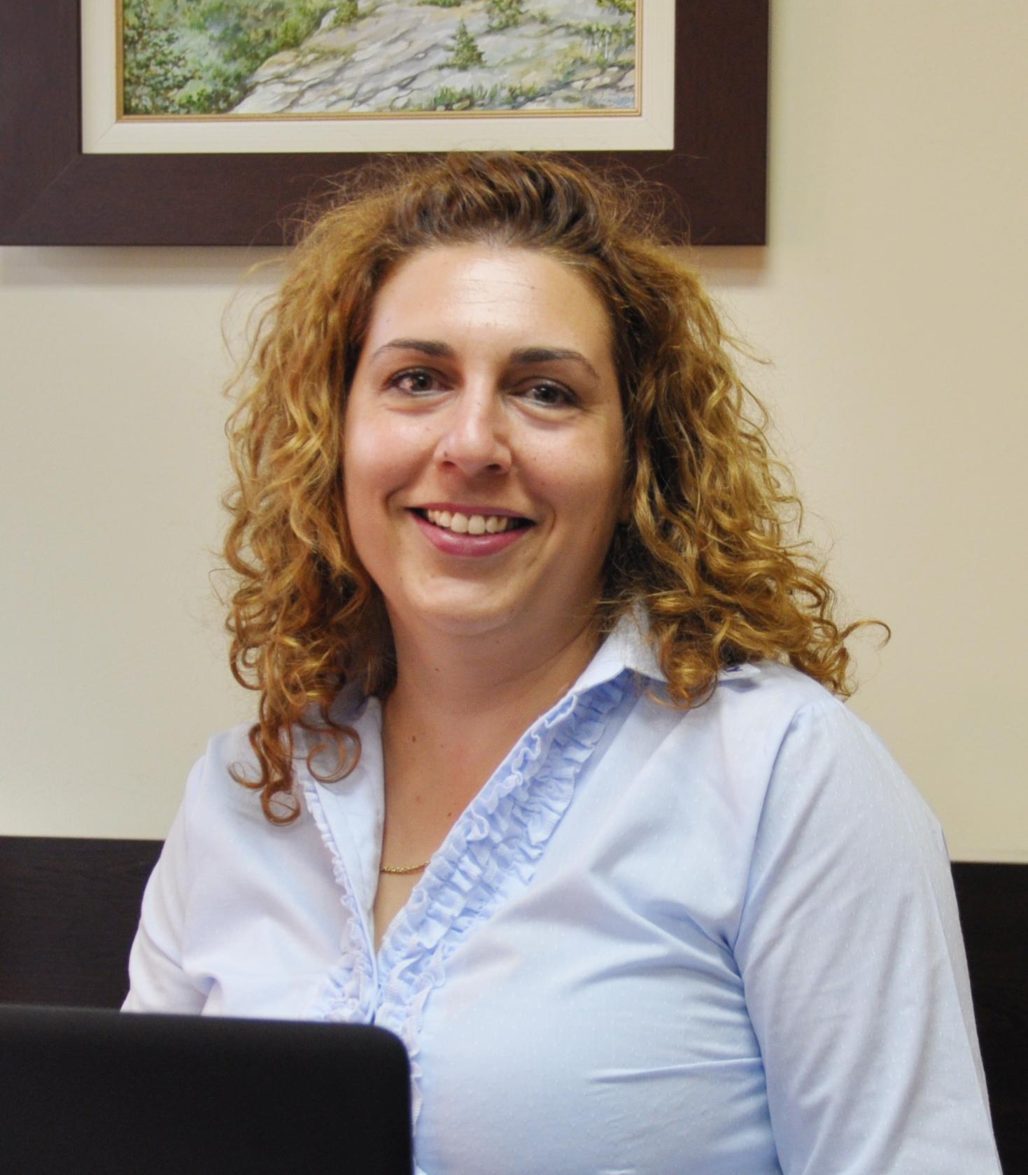 Таня Георгиева : Специалист Продажби